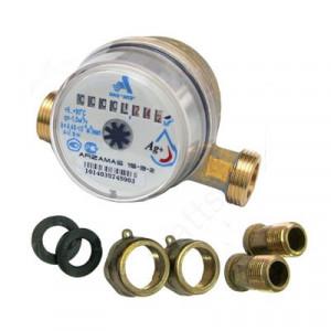 Счетчик воды универсальный 15-3-2 + к-т штуцеров без обратного клапана